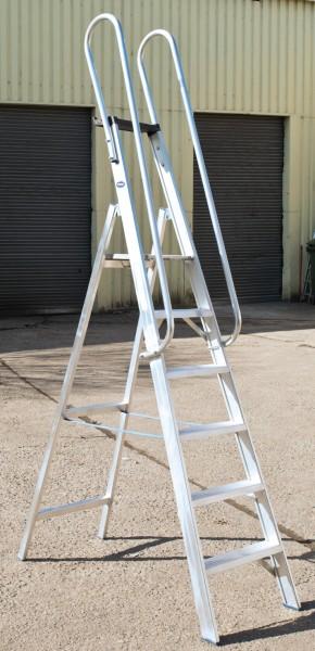 Profi-Stufenstehleiter, bis 250 kg belastbar, einseitig