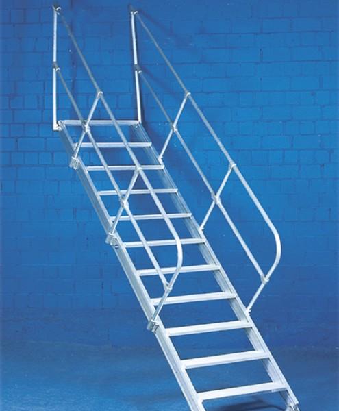 Treppe aus Aluminium mit 2 Handläufen und 55° Neigung